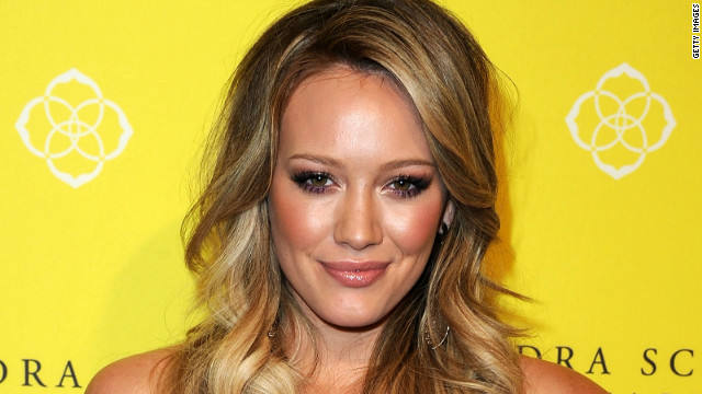 New mom Hilary Duff adjusts to parenthood
