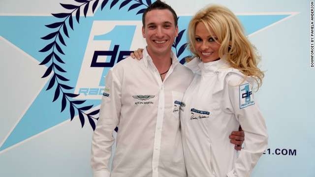 The Canadian star is pictured here with Markus Fux at the Downforce1 launch. Occasional racing driver Fux is also involved in the Race Alliance team.