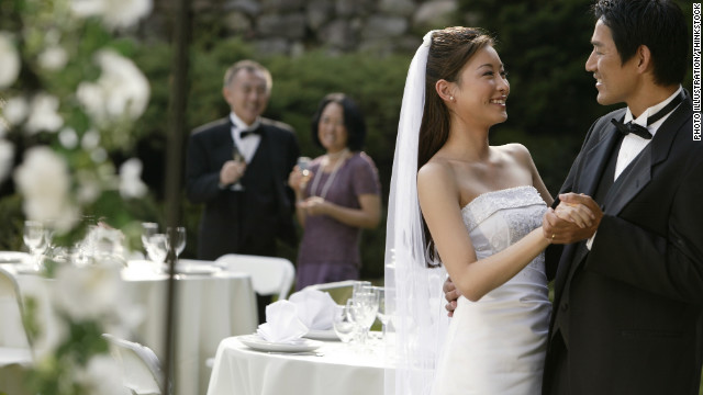 Engage: More Asian-Americans choose to marry within race
