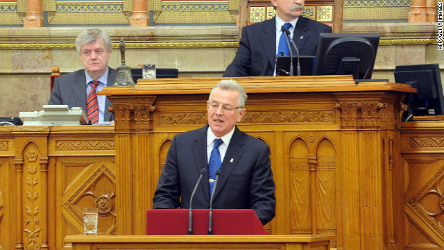 Hungarian President Pal Schmitt announces his resignation to the Hungarian Parliament in Budapest on April 2, 2012.