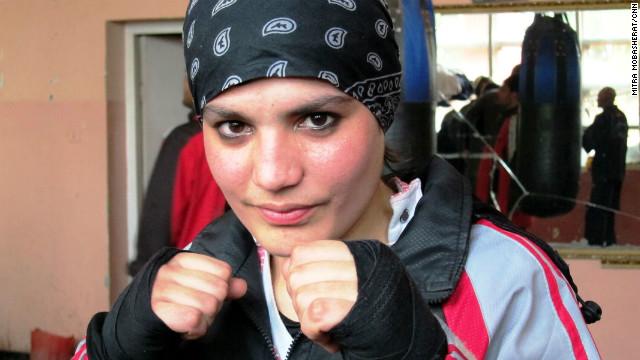 La primera boxeadora de Afganistán va por el oro en Londres