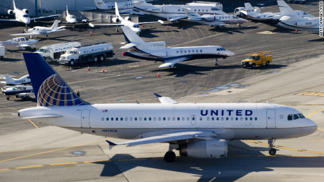 A United Airlines computer glitch affected travelers everywhere on Tuesday.