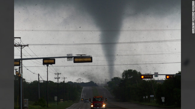 Texas tornadoes captured on-camera