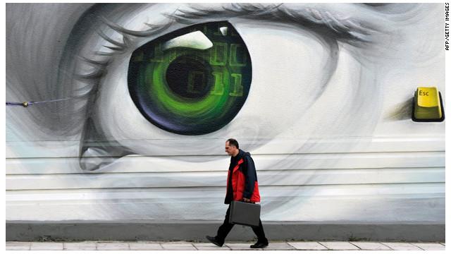 """Plan de """"espionaje"""" de Gran Bretaña desata la furia de activistas"""
