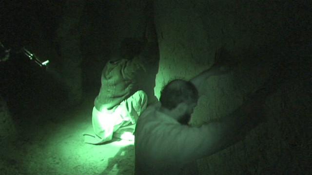 Estados Unidos y Afganistán firman un acuerdo sobre redadas nocturnas