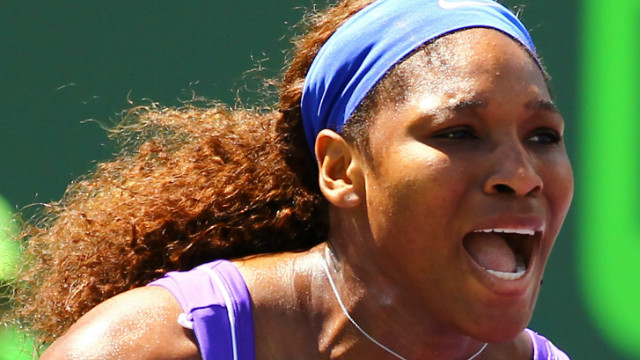 Serena Williams is through to the third round of the Family Circle Cup in Charleston after defeating Russian Elena Vesnina