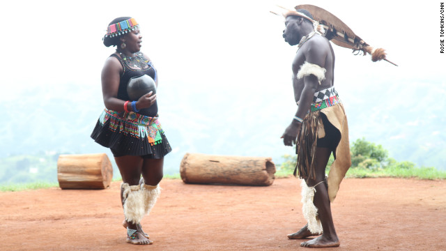 At the Phezulu Cultural Park, on the outskirts of Durban, Hampson witnessed the performance of a Zulu marriage ritual, replete with full traditional dress and dancing.