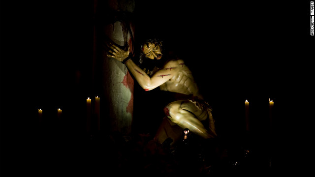 A statue of &quot;the affliction&quot; is carried during a Holy Wednesday procession in Cali, Valle del Cauca department, Colombia.