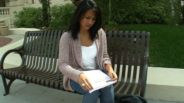 Undocumented student publishes how-to guide for peers on finding jobs after college