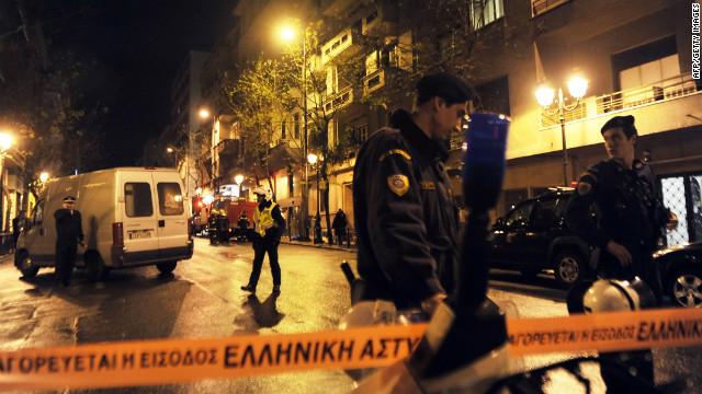 El suicidio de un jubilado por la crisis desata la ira en Grecia