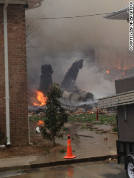NAVY JET CRASHes into apartments in Virginia - CNN.
