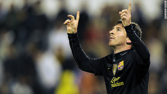 Lionel Messi scored his 60th goal of the season on Saturday as Barcelona keep up the pressure on Real Madrid in La Liga