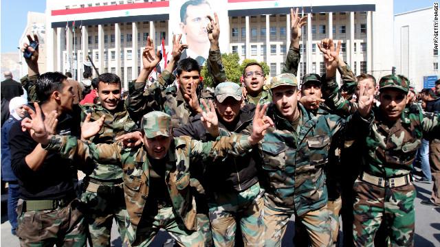 Desertan 33 militares sirios hacia Turquía, según medios
