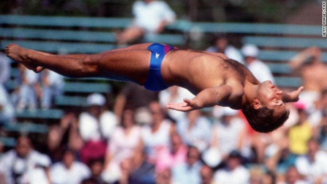 Olympic gold medal diver Lenzi dies, 43
