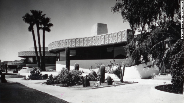 In 1967 Marriott acquired Camelback Inn, in Scottsdale, Arizona -- its first resort property<!-- -->.</br>