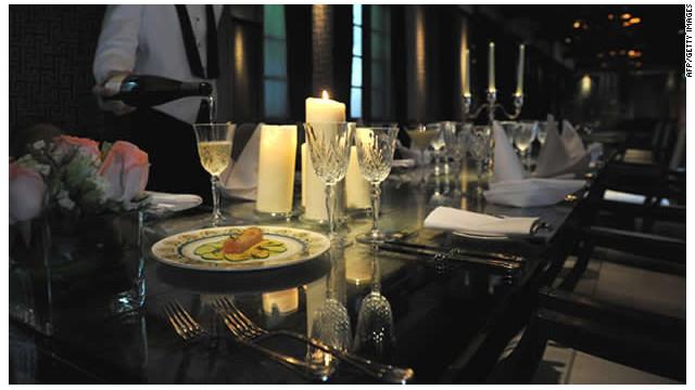 """La """"última cena"""" del Titanic por 1.930 dólares en un hotel de Hong Kong"""