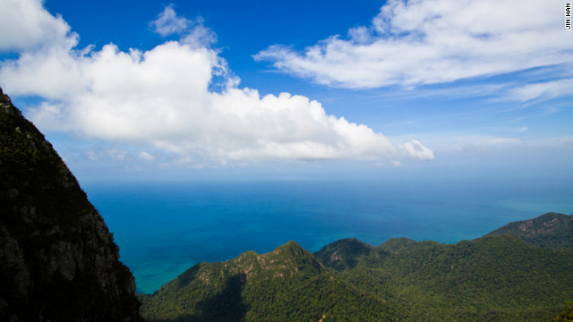 A view from atop Gunung Mat Chinchang mountain in Langkawi Island in North Western Malaysia, as captured by photographer <a href='http://www.flickr.com/photos/32824244@N04/' target='_blank'>Jin Han</a>.