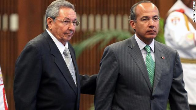 """El presidente Calderón condena el embargo """"injustificado"""" a Cuba"""