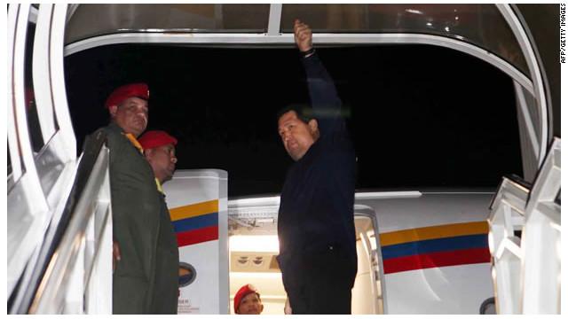 Hugo Chávez regresa a Venezuela previo a la Cumbre de las Américas