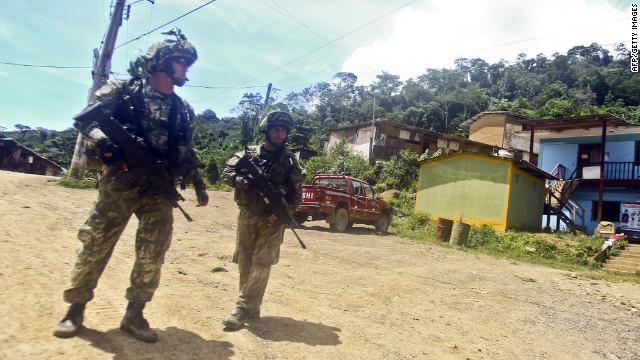 1.500 hombres buscan a trabajadores secuestrados en Perú