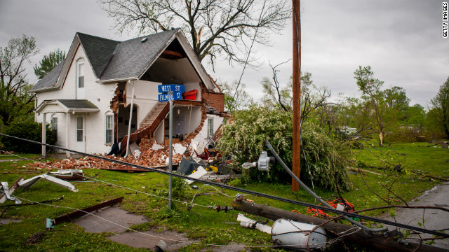 Need to Know News: Sex scandal shakes Secret Service; Oklahoma tornado claims sixth victim