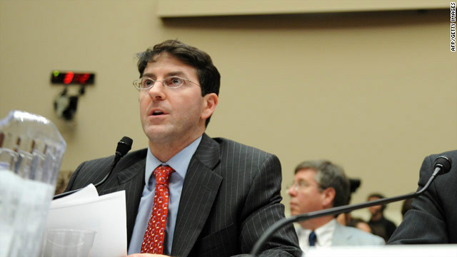 Auto safety advocate Sean Kane testifies in 2010 on reports of sudden unintended acceleration in Toyota vehicles.