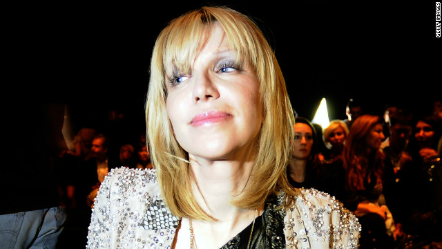 Courtney Love apologizes to daughter...on Twitter, of course