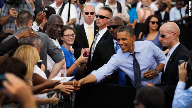 """El presidente de EE.UU. presenta su campaña """"Latinos por Obama"""""""