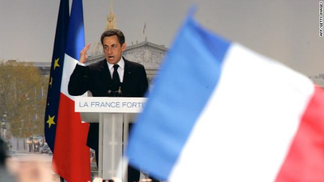 Sarkozy saborea la dura batalla por la reelección