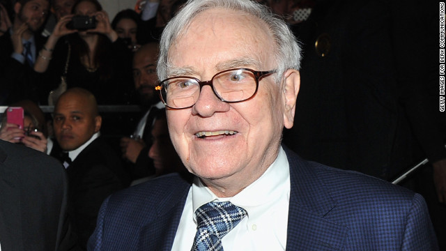 Warren Buffett announces he has prostate cancer