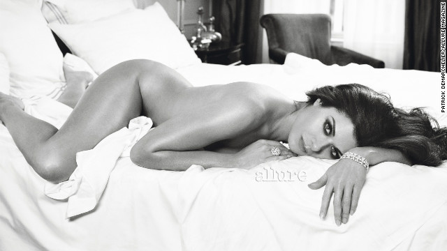 Debra Messing, Maria Menounos strip down for Allure