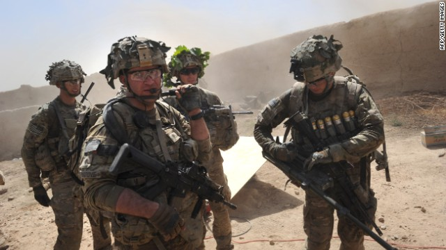 U.S. commander in Afghanistan to meet with Obama on troops