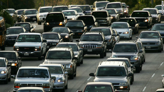 Los Angeles' high levels of ozone pollution and smog come from heavy road traffic and very busy trade ports. The American Lung Association says that cities need to concentrate on solving air pollution at source.