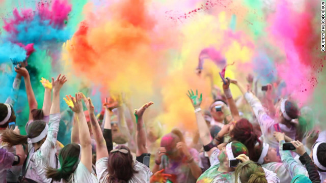 At the finish line runners gather to throw bags full of the colorful dust, which organizers swear is 100% natural and safe. Warning: You may be blowing rainbow kisses for weeks.