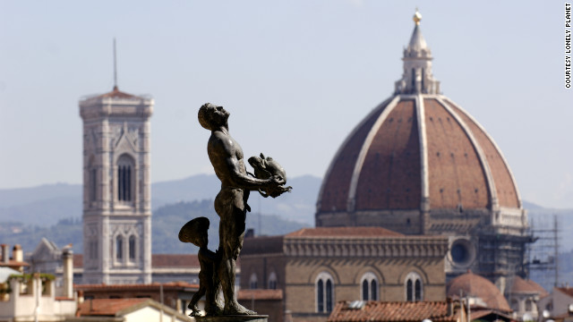 Giardino di Boboli in Florence is a short walk from the Uffiz and is a perfect lovers' escape.