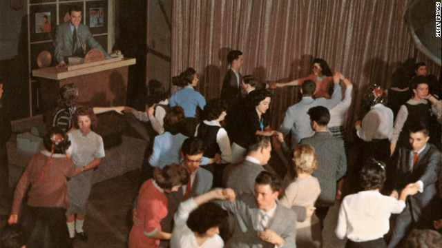Clark presides over 'American Bandstand' as teenagers dance to top 40 popular music in Philadelphia, Pennsylvania, circa 1957.