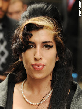 It's Amy Winehouse!