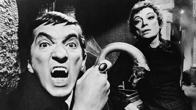 Fans, colleagues remember 'Dark Shadows' star Jonathan Frid