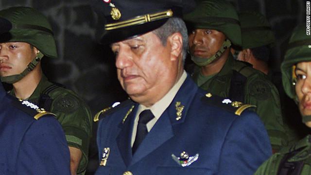 Asesinan a tiros a exgeneral mexicano vinculado con el narco hace una década