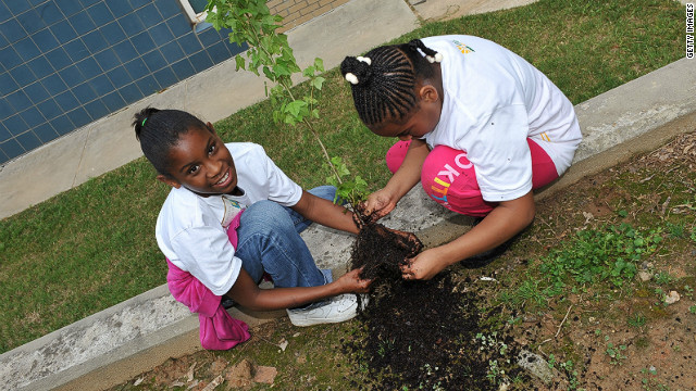 Students from Carter G Woodson Elementary School in Atlanta participating in the Green For All event.