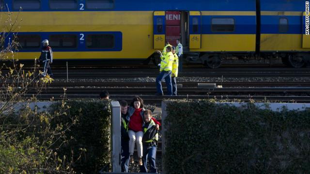 Un choque de trenes en Ámsterdam deja más de 100 heridos