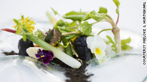 Edible flowers are all the rage at the garden-themed Mielcke & Hurtigkarl