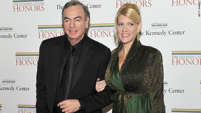 Neil Diamond weds manager in weekend wedding