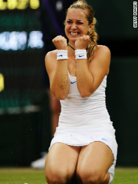 Germany's Sabine Lisicki drops to her knees after defeating French Open champ Li Na in the second round of last year's tournament. Under this year's schedule, the Chinese player would have made £23,125 ($37,302) -- a 14.9% rise.