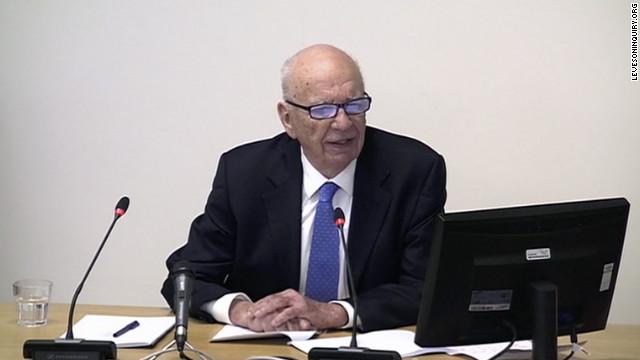 Rupert Murdoch admite el encubrimiento de espionaje telefónico y se disculpa