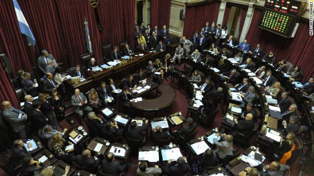 "Senado argentino aprueba la ley de ""muerte digna"""