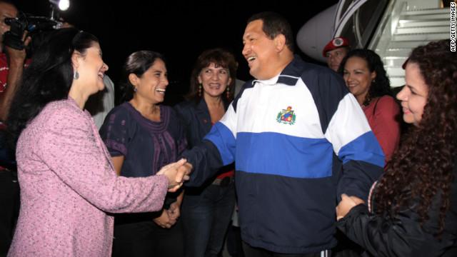 Chávez está de vuelta en Venezuela tras nueva fase de radioterapia en Cuba