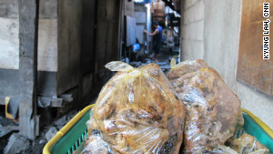 'Garbage chicken' a staple for Manila's poor