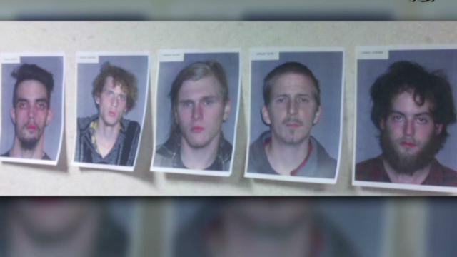 El FBI arresta 5 personas por presunta conspiración terrorista en EE.UU.