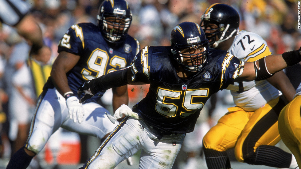 Junior Seau (number 55) of the Chargers makes his move against the Pittsburgh Steelers in San Diego in 2008.